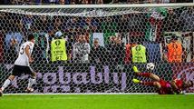 Němci v penaltovém thrilleru udolali Italy a jsou v semifinále ME. To jsem nezažil, řekl Neuer