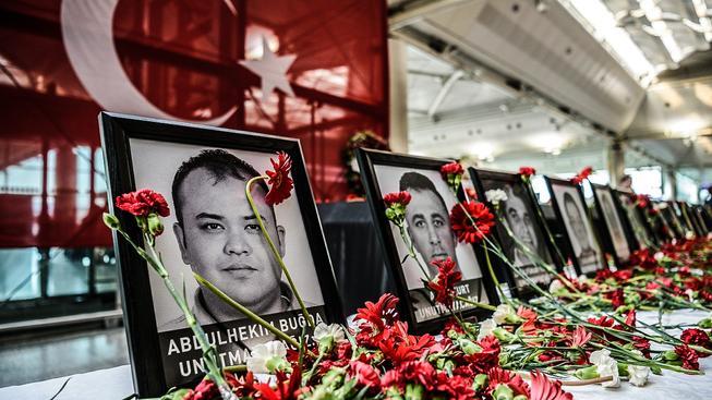 Útok na letiště v Istanbulu byl největším v historii