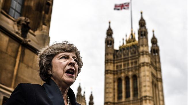 """Nová britská """"železná lady"""" Theresa Mayová"""