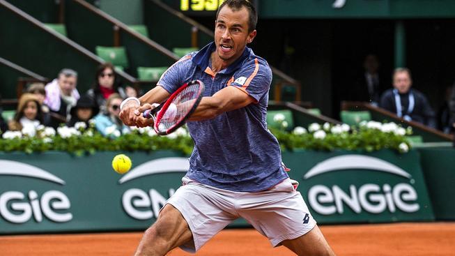 Český tenista Lukáš Rosol vyzve v pátečním čtvrtfinále Davis Cupu favorizovaného Jo-Wilfrieda Tsongu
