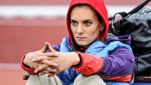 Ani velká favoritka ve skoku o tyči Jelena Isinbajevová se nesmí olympiády v Riu zúčastnit