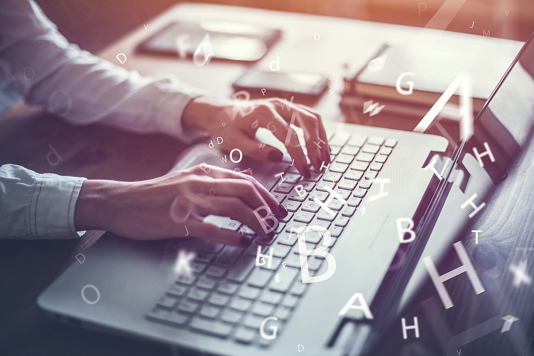 Budoucnost je v online kurzech. Lidem hledajícím novou práci pomáhají už dnes