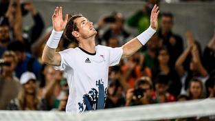 Andy Murray triumfoval také před čtyřmi lety v Londýně, tehdy ve finále přehrál Rogera Federera