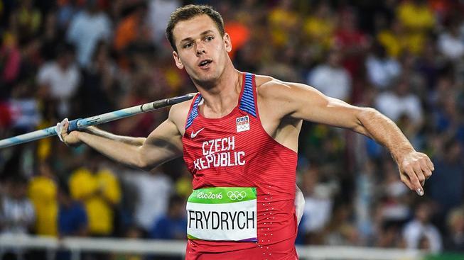 Frydrych i jeho dva kolegové předvedli svůj nejdelší hod až v poslední třetí sérii