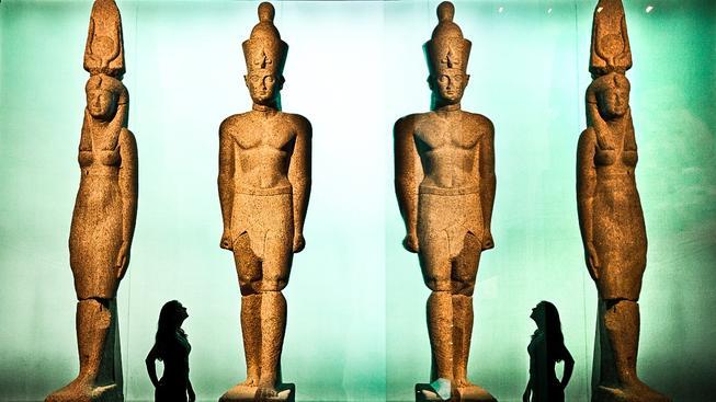 Sochy ze ztracených egyptských měst Thonis (Heracleion) a Canopus