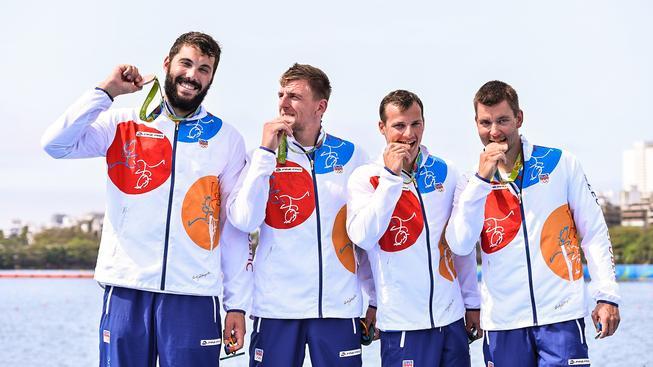 Český bronzový čtyřlístek (zleva) Josef Dostál, Lukáš Trefil, Daniel Havel a Jan Štěrba.