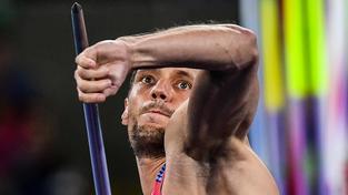 Veselý se ve finále trápil, hranici 80 metrů překonal jen jednou