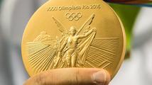 Odměny za olympijské medaile: miliony, zkrácená vojna, ale také nic