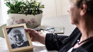 Umřít stářím znamená většinou na zástavu srdce nebo v důsledku nemoci. Ilustrační snímek