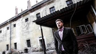Brněnský náměstek Matěj Hollan měl v pondělí štěstí, že ho neonacisté nenašli