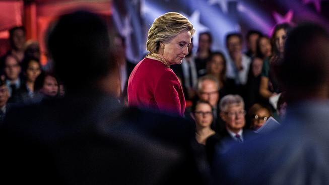 Hillary Clintonová je už přece jen postarší dáma a předvolební kolotoč je tvrdá zkouška