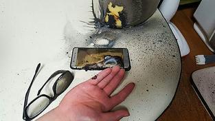 Takhle to vypadá, když vám Samsung Galaxy Note 7 vybuchne v ruce
