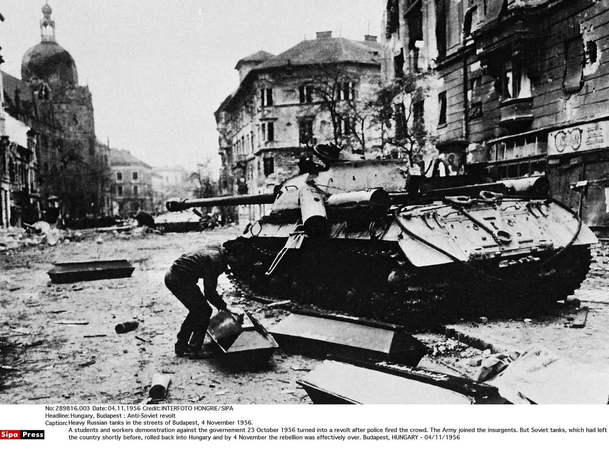 Pasivita Západu v roce 1956 byla pro nás velkým zklamáním, vzpomíná na maďarskou 'kontrarevoluci' Josef Mašín