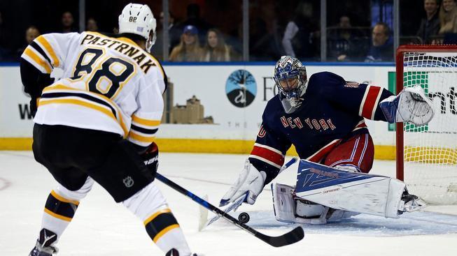 Radek Pastrňák se stal postrachem gólmanů v NHL