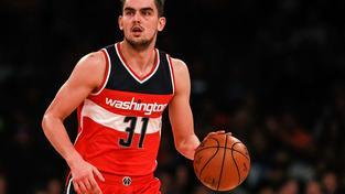 Satoranský se v dresu Washington Wizards vyrovná těm nejlepším