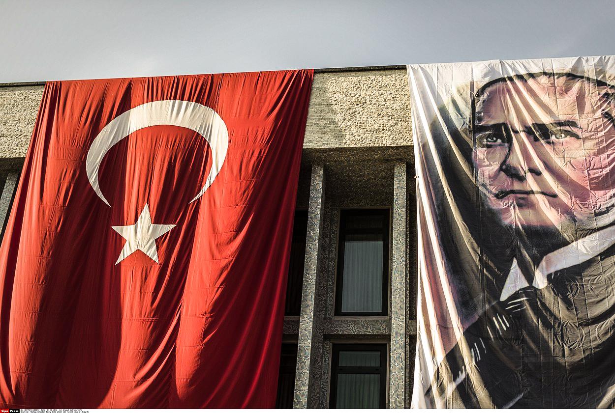 Téměř jako smrt: Turecko se mění ve vězení