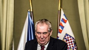 Miloš Zeman během gratulace Trumpovi