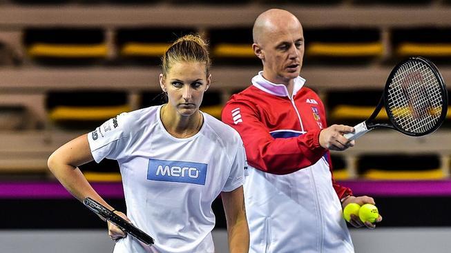 Tenistky musejí poslouchat své trenéry, i když jsou jejich nadřízené