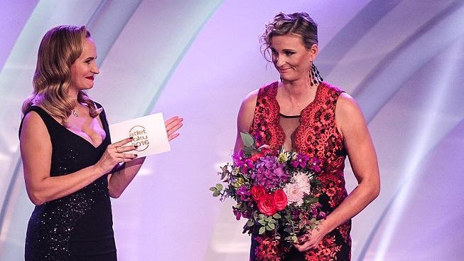 Barbora Špotáková během slavnostního vyhlášení