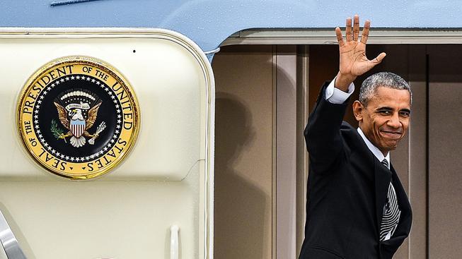 Americký prezident Barack Obama odletěl z Německá krátce po poledni