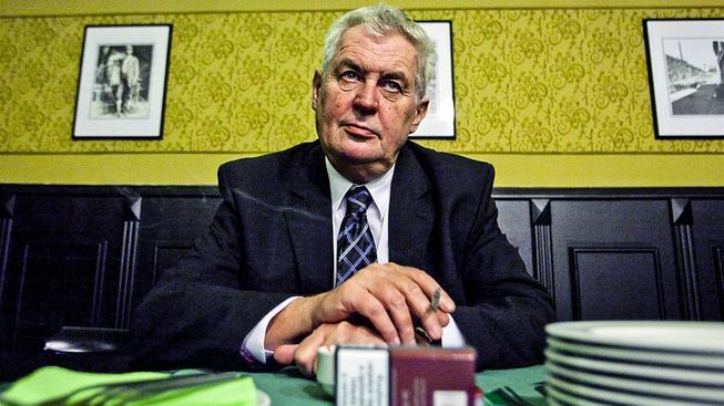 V hospodě si rád zapálí i hlava státu Miloš Zeman