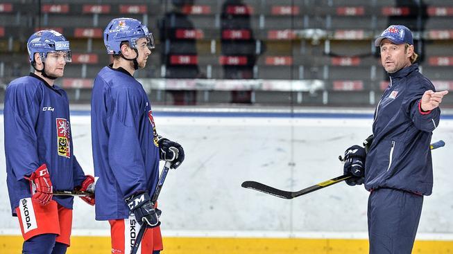 Asistent trenéra hokejové reprezentace Jakub Prospal na tréninku hokejistů