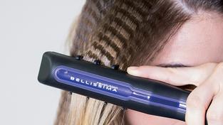 Nezapomenutelný look díky krepovací žehličce na vlasy Bellissima Frisé