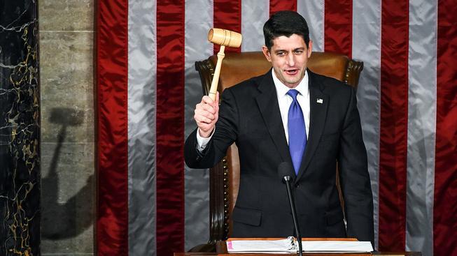 Americkému Kongresu slavnostními sliby začalo nové funkční období, opět v něm převažují republikáni
