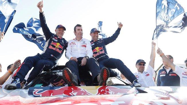 Slavnou rallye vyhrál už potřinácté Francouz Stéphane Peterhansel