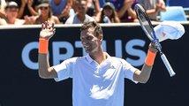 Berdych a Kristýna Plíšková zahájili Australian Open vítězně, Siniaková končí
