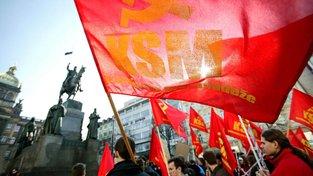 A co mladí komunisté, jdou svým vrstevníkům vzorem co do bezchybné češtiny bez anglicismů? Ilustrační snímek