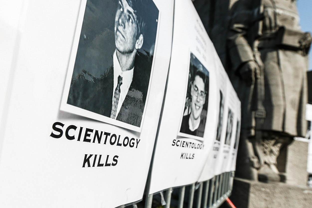 Pod pokličkou scientologie: Podivné a šokující praktiky 'církve slavných'