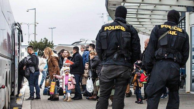 Česko patří podle neziskovek mezi státy Evropské unie, které komplikují uprchlíkům žádost o azyl. Ilustrační snímek