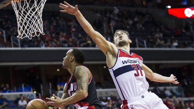 Tomáš Satoranský z Washingtonu nastřílel v pátečním utkání NBA v Atlantě devět bodů