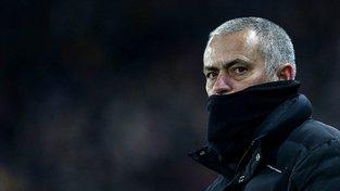 Mourinho si stěžuje, že si na něj rozhodčí zasedli