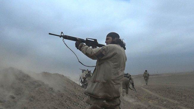 Čech Jan Silovský, který se chtěl v Sýrii přidat k Islámskému státu, v životě nedržel zbraň. Doufal, že ho IS co nejdřív vyšle na misi, kde ho zastřelí vládní vojáci. Ilustrační snímek