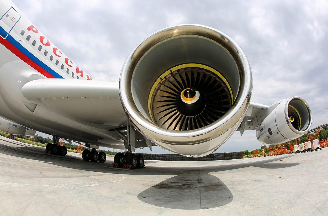 Na nebe se vrátí stará sovětská letadla. Ale proč?