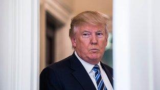 Donald Trump zuří, odvolací soud nezrušil pozastavení vymahatelnosti jeho protiimigračního dekretu