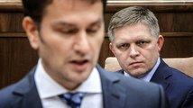 Obrázky do parlamentu nepatří: O odvolání Fica se bude jednat až ve čtvrtek