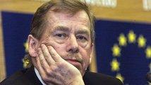 Vyznáme se dnes ještě v politice? Méně než před čtrnácti lety. Může za to Havel, nebo vstup do unie?