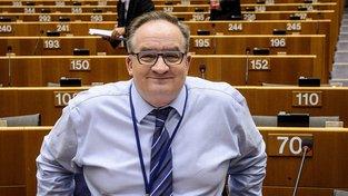 Europoslanec Jacek Saryusz-Wolski - muž, kterého by chtěl Kaczyński v čele Rady evropy