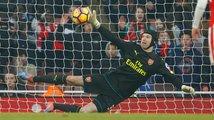 Čech ztratil v Arsenalu penaltové kouzlo. Nechytil ani jednu z devíti