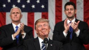 Životní okamžik Donalda Trumpa - jeho projev před oběma komorami Kongresu