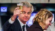 Evropa nemá silné politické lídry. Kdo z toho těží?