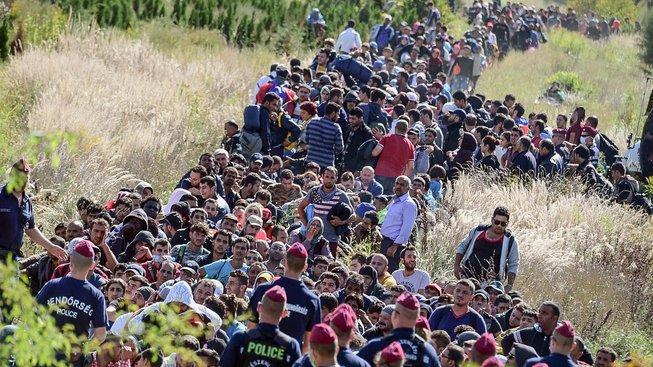 Uprchlíci na maďarsko-chorvatské hranici