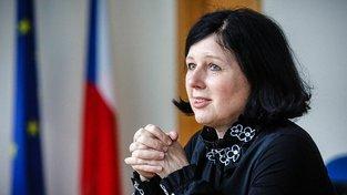Eurokomisařka Věra Jourová prozradila, že EU chystá nová pravidla pro vyplácení unijních peněz