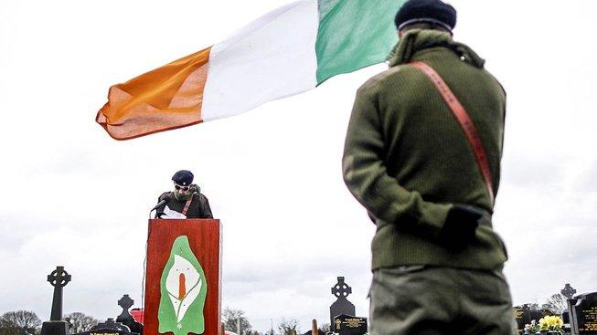 Vzpomínková akce Sinn Féin k Velikonočnímu povstání militantních republikánů v roce 1916