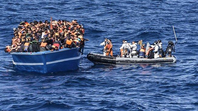 Ve Středozemním moři se loni utopilo přes pět tisíc migrantů