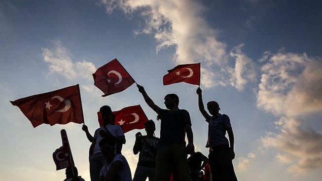 Mladí turečtí stoupenci Erdogana