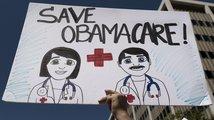Trump utrpěl zatím největší porážku: Obamacare bude platit dál